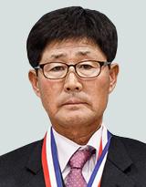 박명제 (남, 61세 / 자영업)